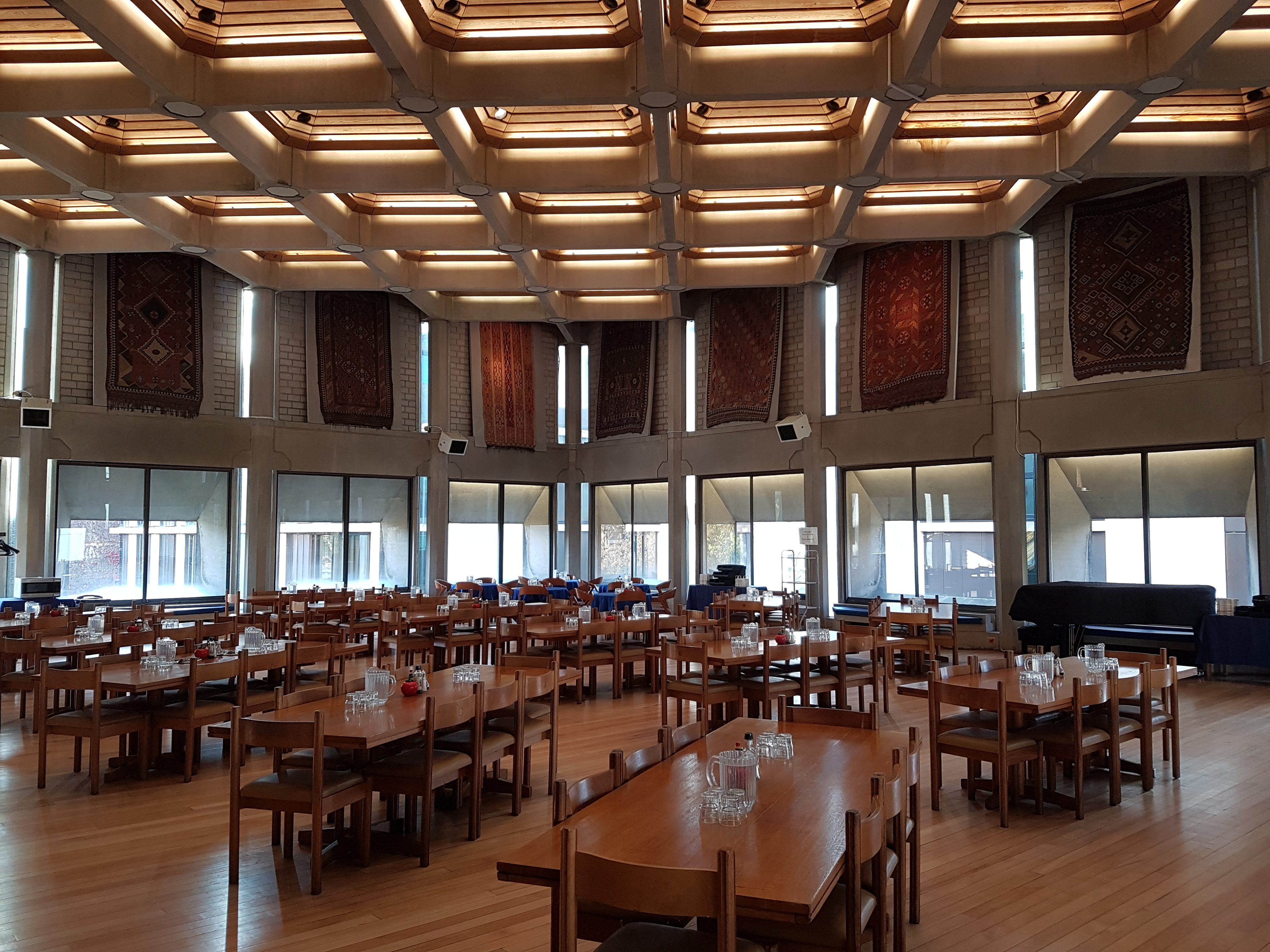 St Antony S Named Best College Dining Room St Antony S