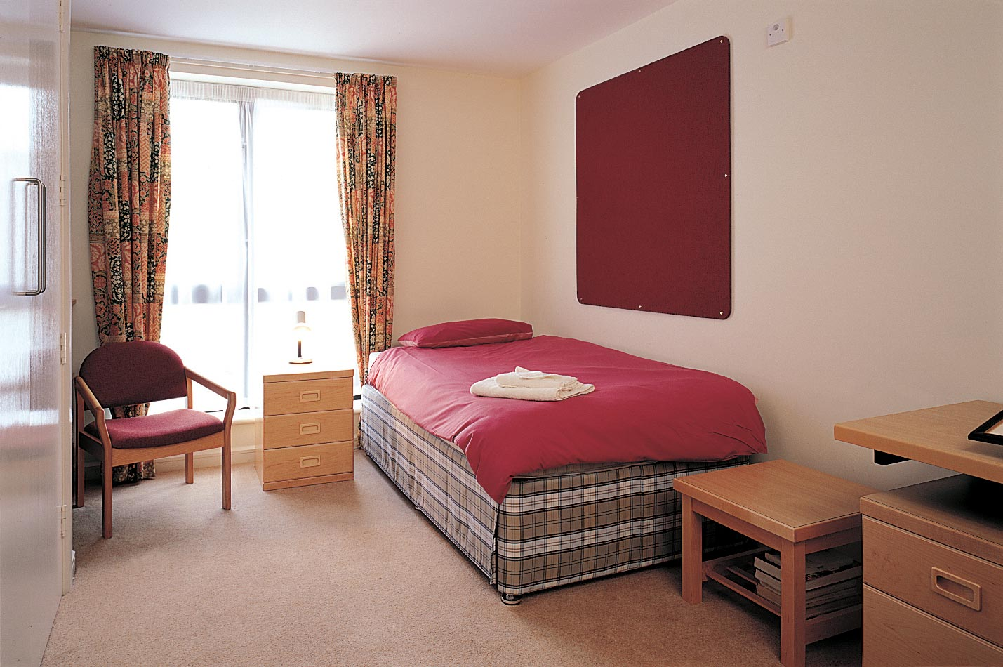 Founder s Building en suite room. En Suite Accommodation   St Antony s College