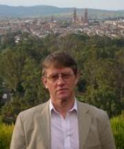Profile picture of Professor Alan Knight.