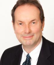Profile picture of Professor Philip Robins.