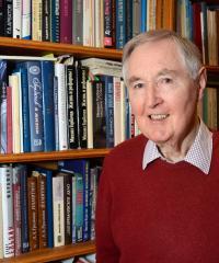 Profile picture of Professor Archie Brown.